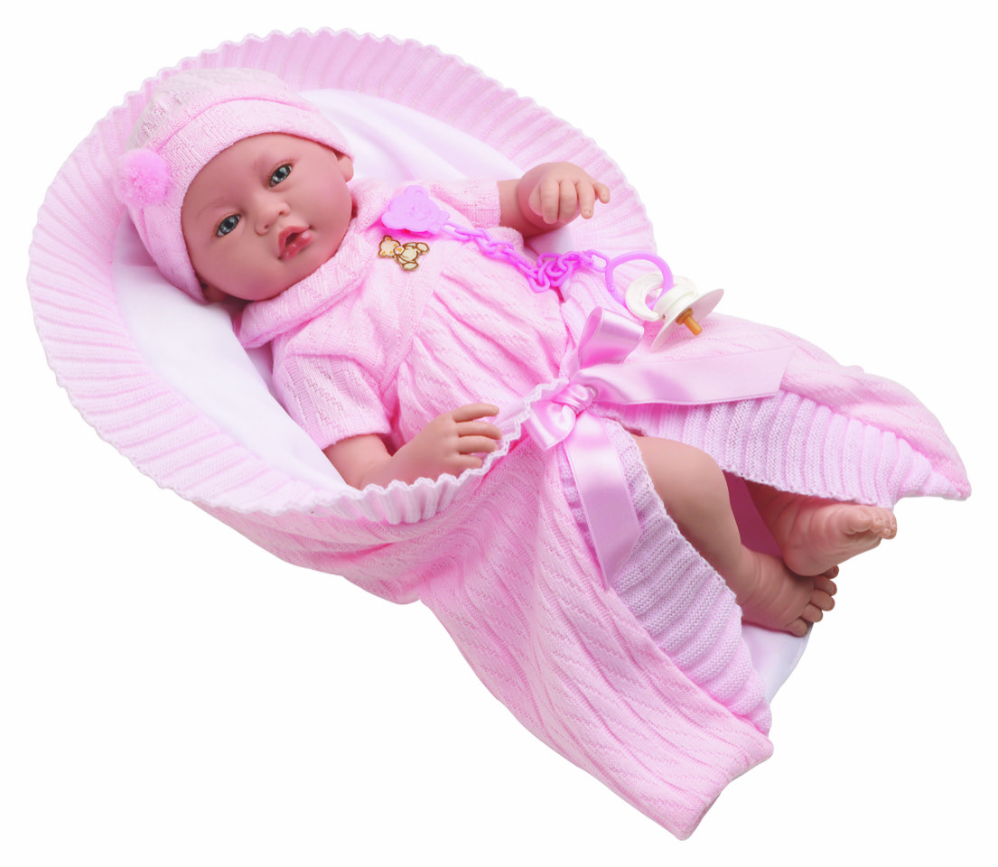 Vera Bebé con traje rosado y colchita rosa